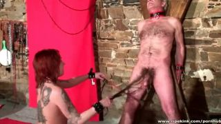 Two kinky persons in paniful action